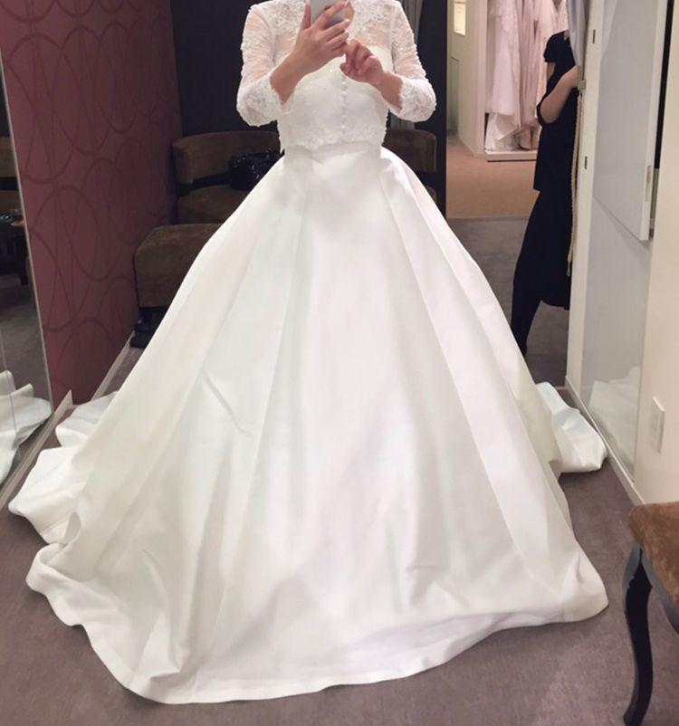清楚な長袖ウェディングドレス
