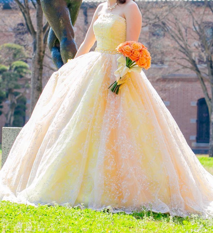 華やかなグラデーションドレス