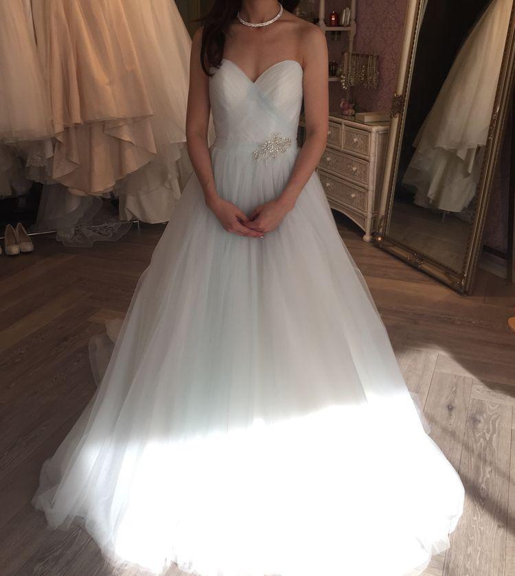 新作のドレス。