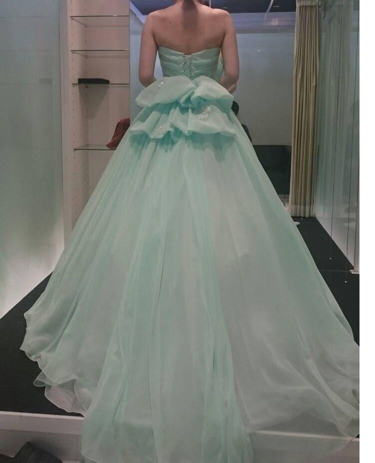 青緑のさわやかドレス