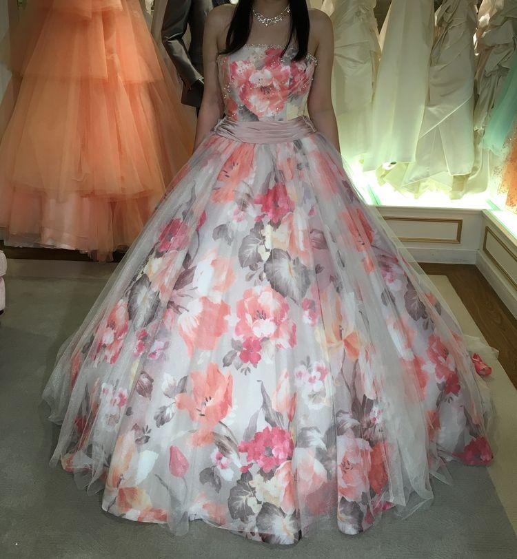 お花柄のカラードレス