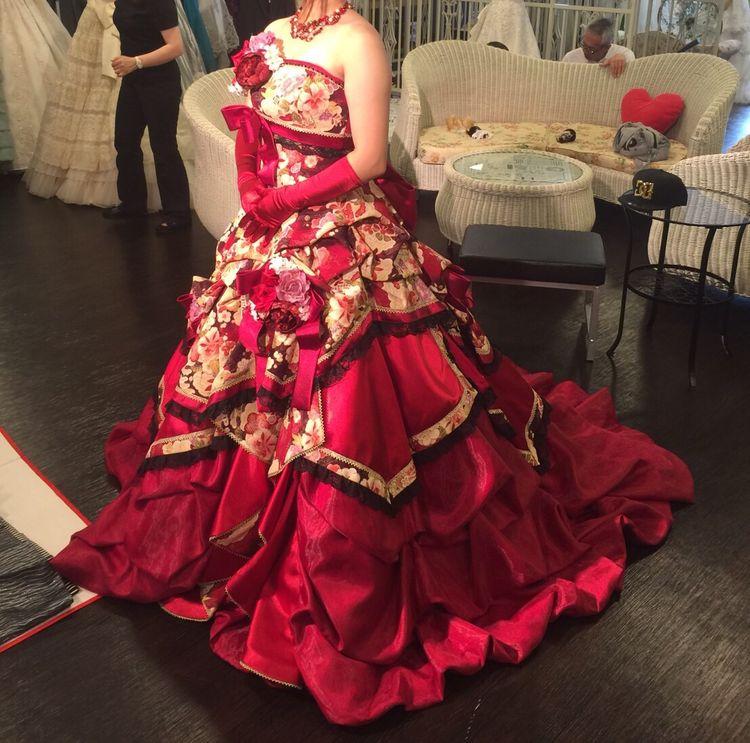 洋装のようで和装な個性派和ドレス