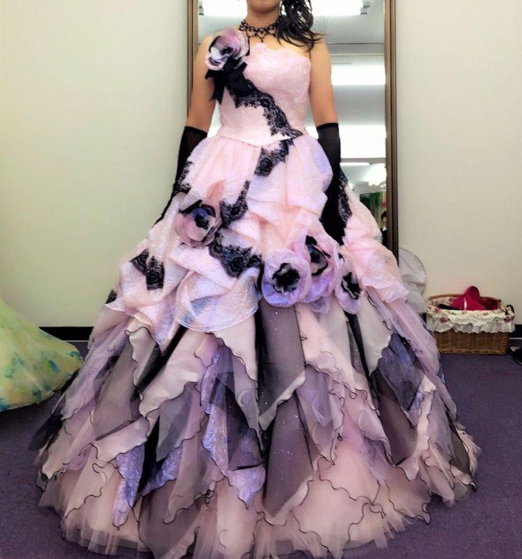 上戸彩デザインの小悪魔ドレス
