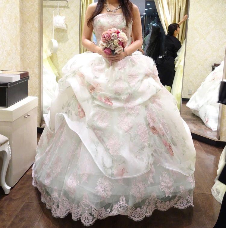 お姫様みたいなカラードレス