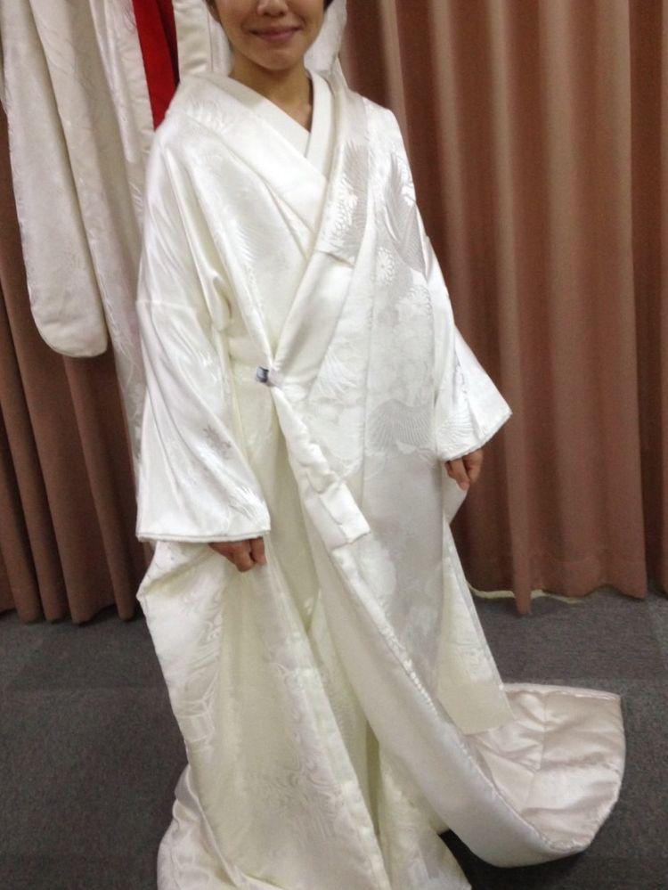 花嫁は白無垢