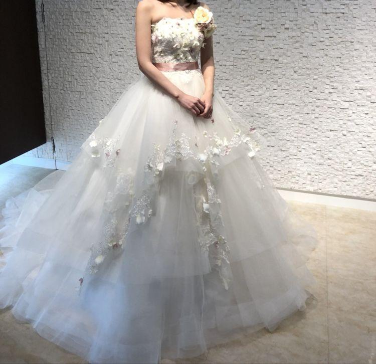 人と違うドレスを着たいあなたに