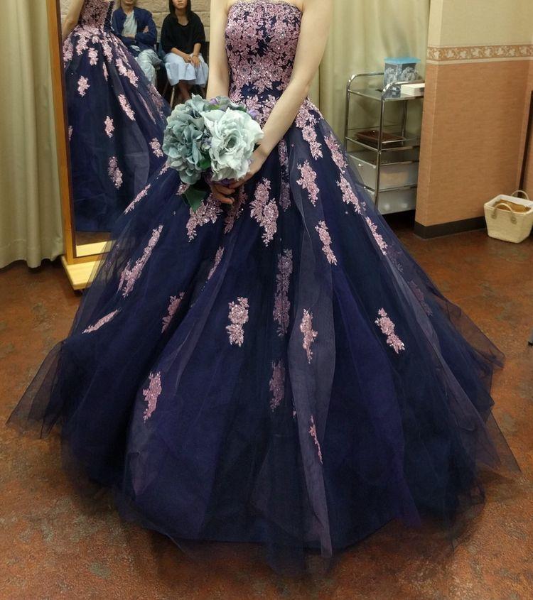 紺のカラードレス