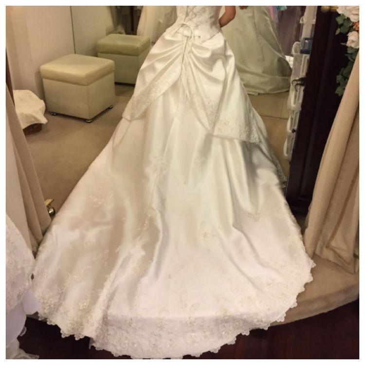 王道Aラインドレス