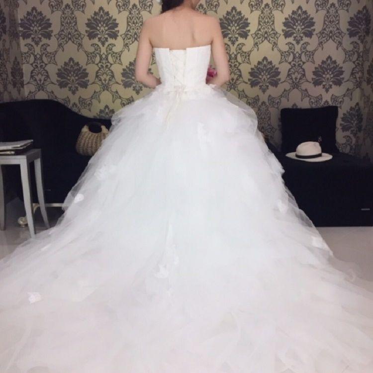 ボリューミーな可愛らしいドレス