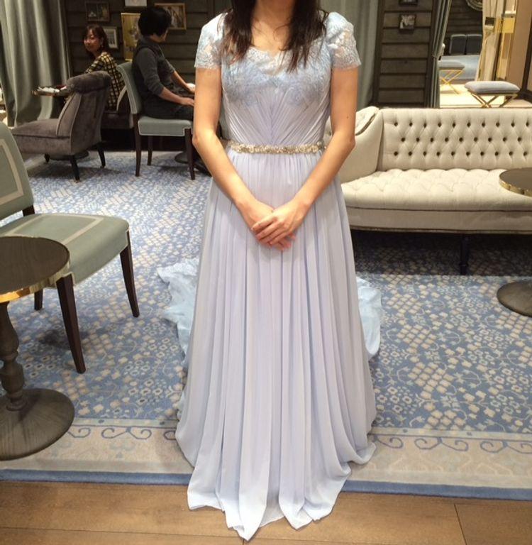 綺麗なブルーのドレス