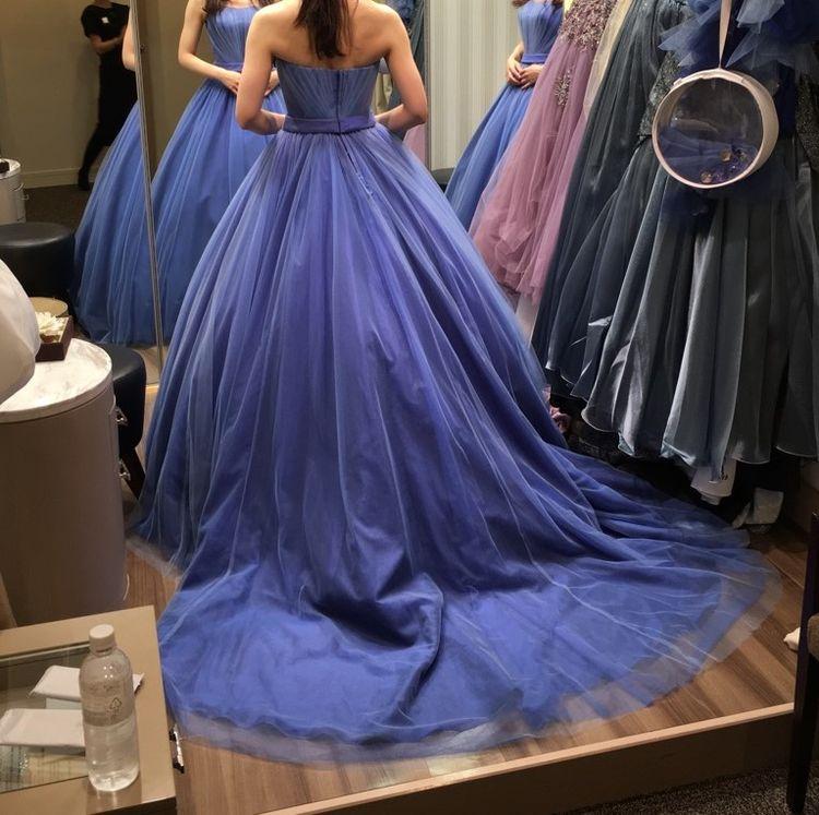 シンプルですがかわいさのあるドレスです