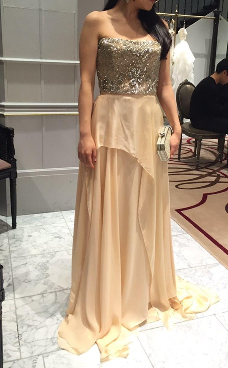リームアクラのドレス