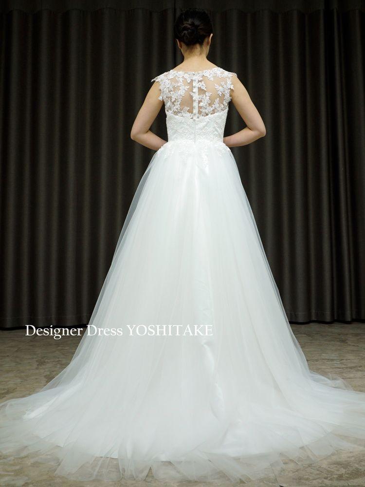 ノースリーブ上半身レース&スカートチュールスレンダー白ドレス/結婚式/フォト婚【サンプルドレスは即現物購入可能/オーダーの場合は制作期間3週間から6週間】