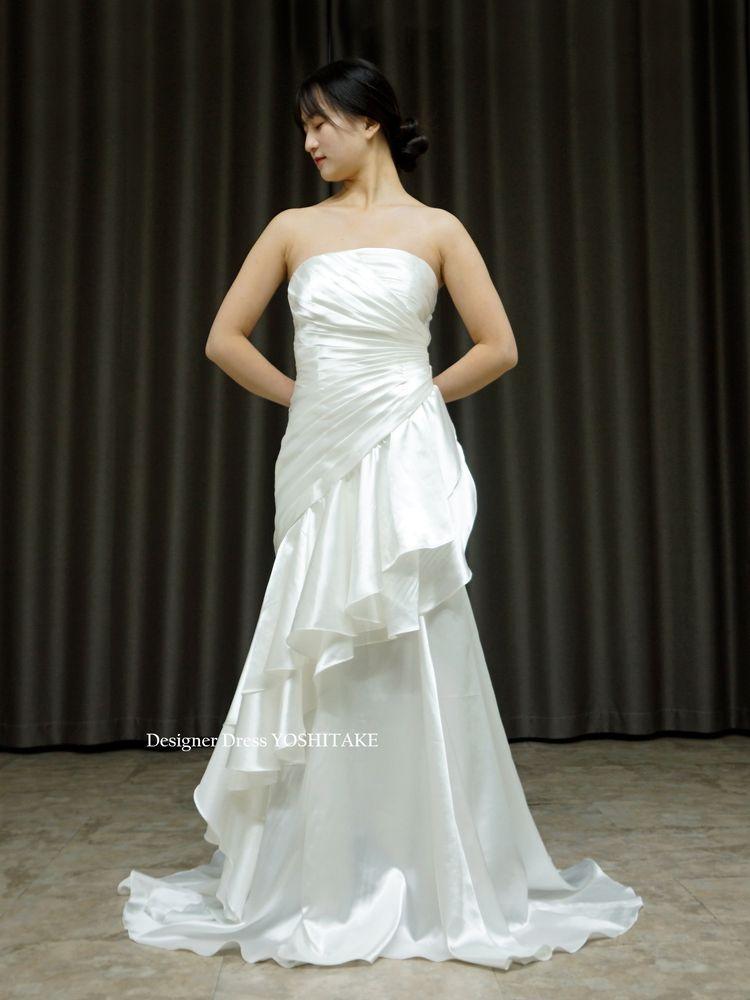 挙式用マーメイド風スレンダー白ドレス(サテン)フォト婚/レストランウエディング【サンプルドレスは即現物購入可能/オーダーの場合は制作期間3週間から6週間】
