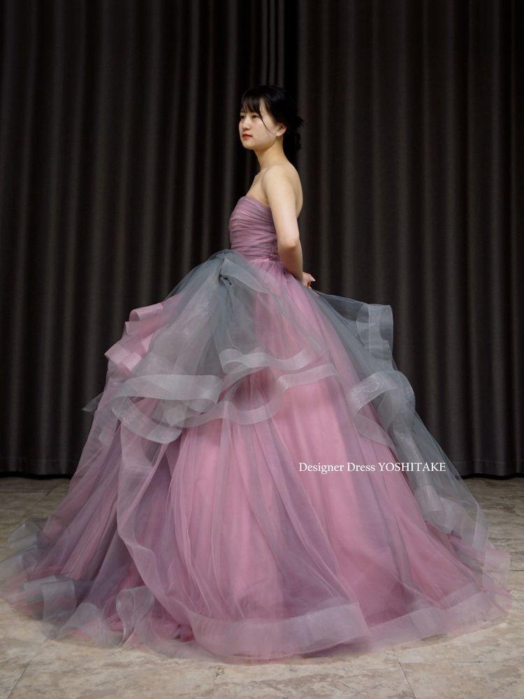 くすみピンク&グレイチュールカラーウエディングドレス(パニエ付)披露宴/お色直し【サンプルドレスは即現物購入可能/オーダーの場合は制作期間3週間から6週間】