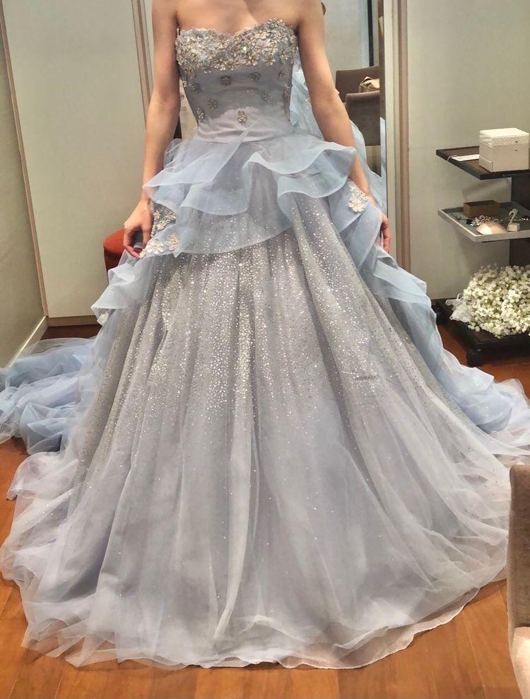 お姫様のようなドレス