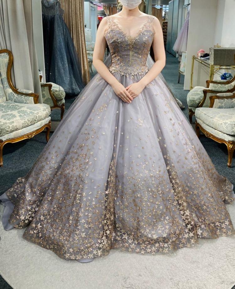 二の腕が気になる人に試して欲しいドレス