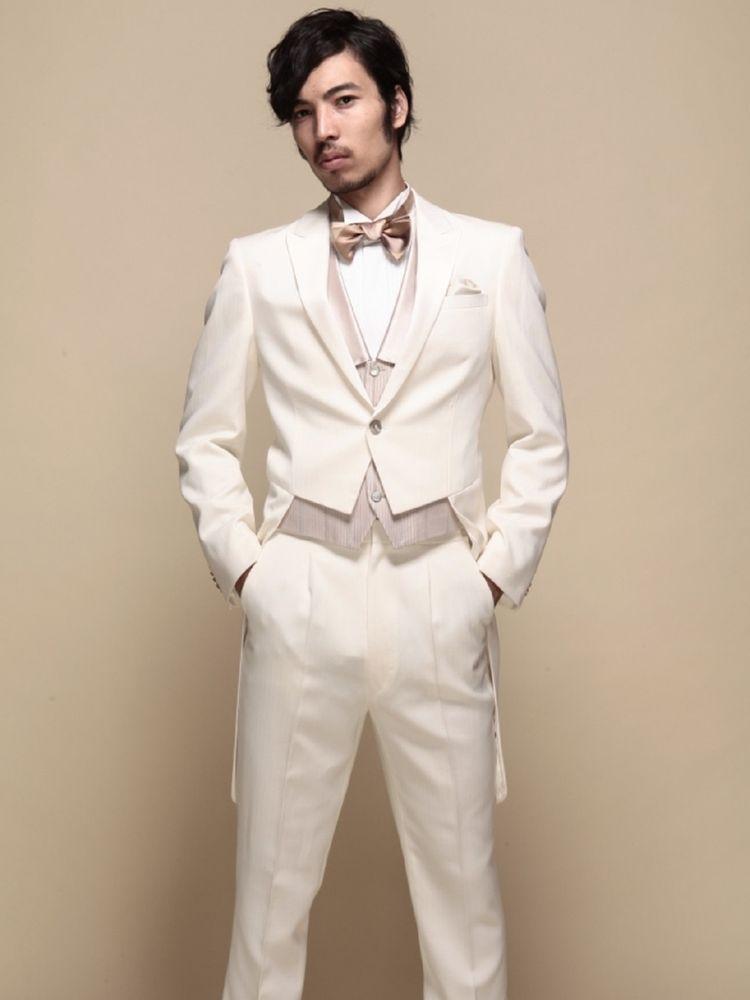 正当派の装いホワイトテールコート