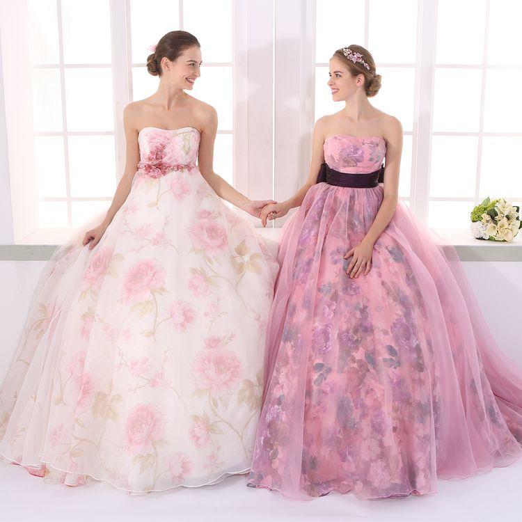 シンプルからゴージャスまでの豊富なラインナップから、『私らしさ』を叶えてくれるドレスを選べます。