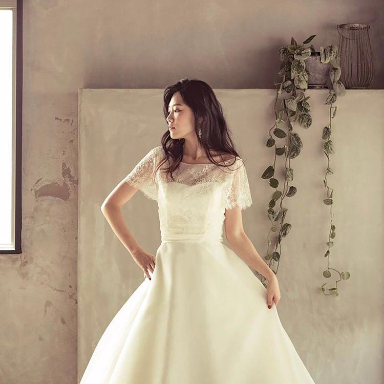 浜松市、掛川市、湖西市に提携の結婚式場が多数あり、結婚式場選びを無料でお手伝いいたします。 衣装から会場を選びたいお客様、ぜひお越しください。