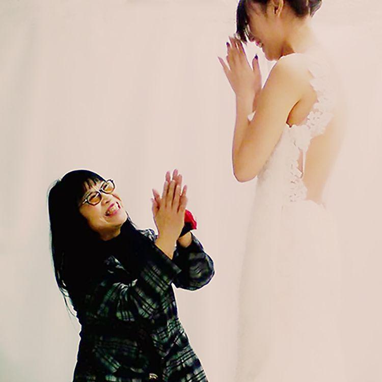 レイコ・森のポリシーは、「花嫁さまを本当の意味で、心から幸せにするコト」。 だから自分の思い通りのドレスを高品質で、かつ、価格を抑えてお届けしたい、そんなポリシーで50年間サロンを経営しています。