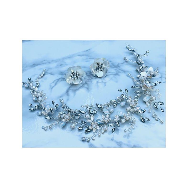 ドレスや式場の雰囲気、お式のテーマに合わせたコーディネートをご提案させて頂きます。アクセサリーやベールなど、ブライダル小物を多数ご用意。花嫁様がより一層輝けるよう、お手伝いさせて頂きます。