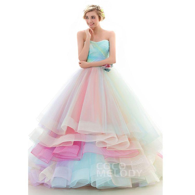 カラードレスも種類豊富です!